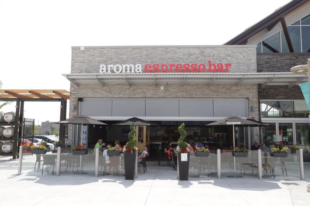 Aroma Espresso Bar in Outlet Collection at Niagara
